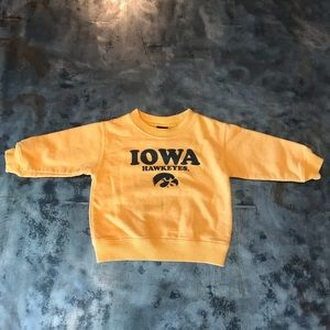 Iowa Hawkeyes sweatshirt size 9-12